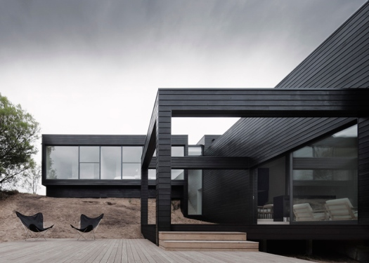 dezeen_Ridge-Road-Residence-by-Studio-Four_ss_3