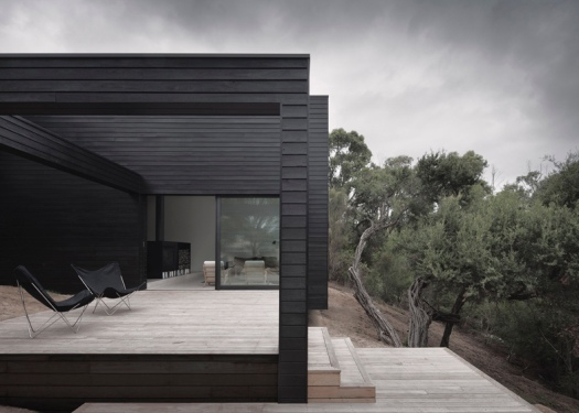 dezeen_Ridge-Road-Residence-by-Studio-Four_ss_4